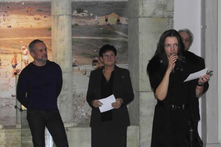 Przemowienie okolicznościowe wygłasza dyrektor Iwona Purzycka