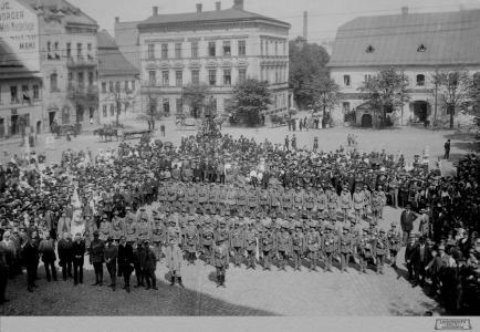 Wymarsz ochotników bialskich do Legionów pod komendą Henryka Boryczki (tzw. I powołanie) 26 sierpnia 1914, MBB/H/149
