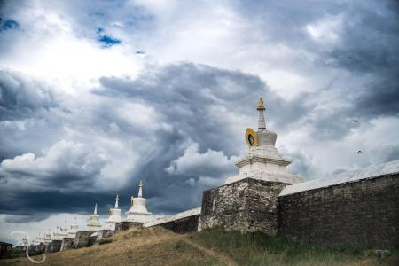 Stupy w Mongolii