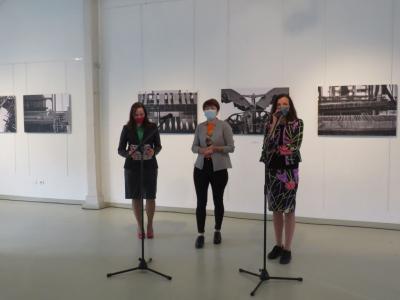 Otwarcie wystawy. Iwona Purzycka,  Agnieszka Cyranka-Pytlik, Iwona Koźbiał-Grzegorzek